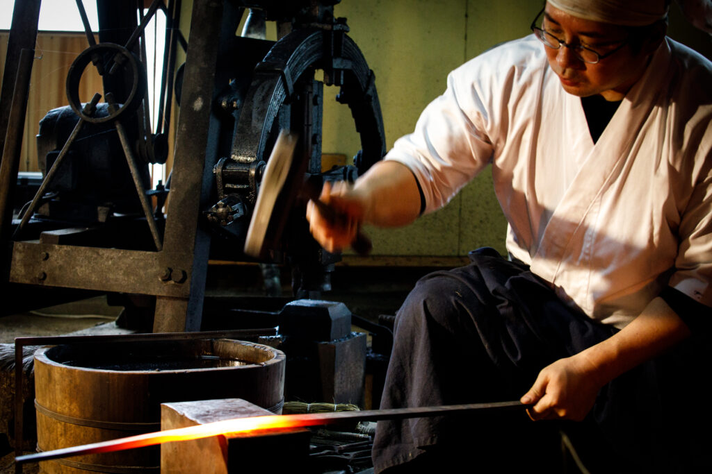 Traditional Blade-Making Experience